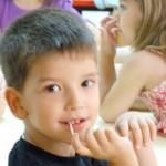 """Aldeas infantiles pone en marcha """"10.000 firmas por la infancia"""""""
